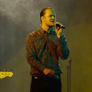 """LAS VEGAS, NV - SEPTEMBER 24:  Imagine Dragons lead vocalist Dan Reynolds performs at the """"Imagine A World Without Cancer"""" Gala at the Fours Seasons Hotelon September 24, 2015 in Las Vegas, Nevada.  (Photo by Denise Truscello/WireImage) *** Local Caption *** Dan Reynolds"""
